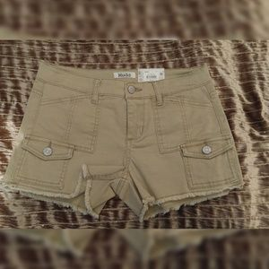 "NWT MUDD ""Shortie"" Shorts Size 3"